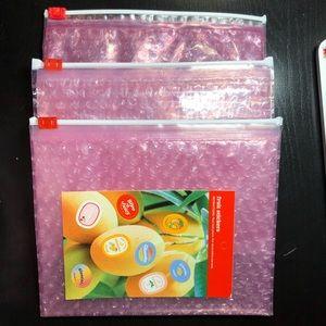 Glossier Bubblewrap Zip Bag